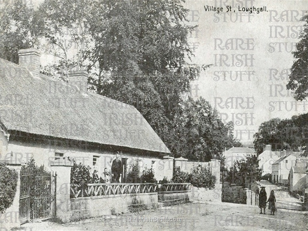 1  Armagh  Loughgall old  Ireland bw  Photo  Thumbnail0