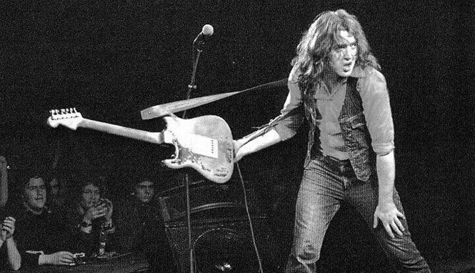 Tus fotos favoritas de los dioses del rock, o algo Rory.Gallagher